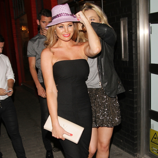 Jessica Wright enjoys night out with friends in London, 31 May 2014