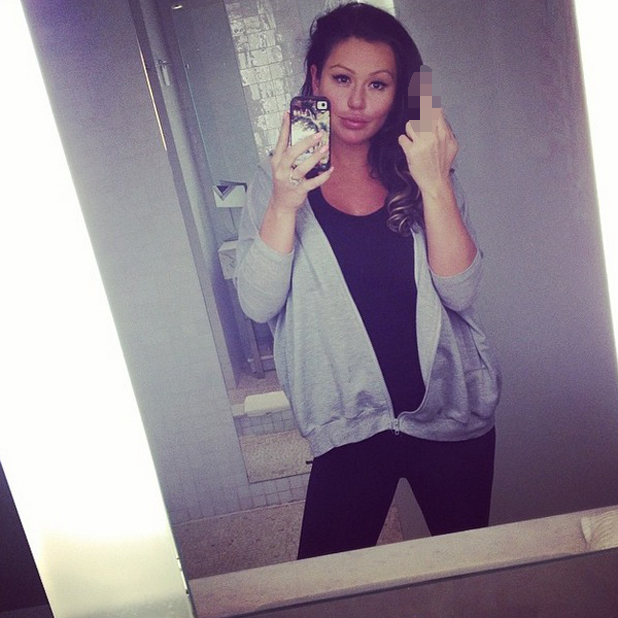 Pregnant Jersey Shore star Jwoww posts a selfie after slamming criticism of her appearance, 29 May 2014