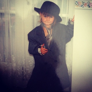Sam Faiers posts a throwback picture of herself dressed as an adult man, 29 May 2014