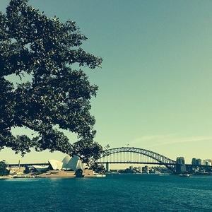 Ellie Goulding on tour in Oz, Sydney, Instagram, 4 June