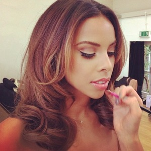 Rochelle Humes does long and shoulder-length hair in one shoot day, 7 May 2014