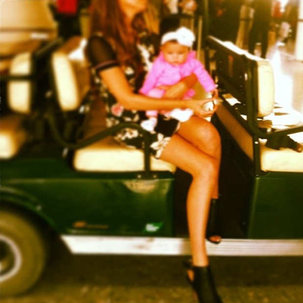 Nadine Coyle cuddles up to daughter Anaiya in new picture, May 2014