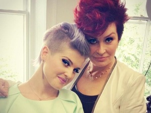 Kelly Osbourne quits Fashion Police; mum Sharon supports decision