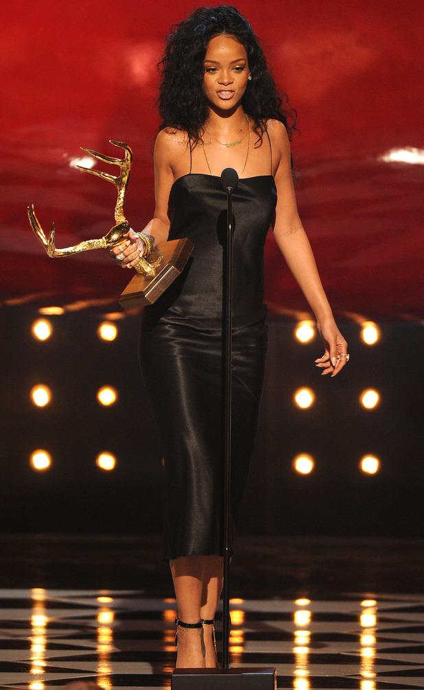 Rihanna wins Most Desirable Woman at the Guys Choice Awards - LA - 7 June