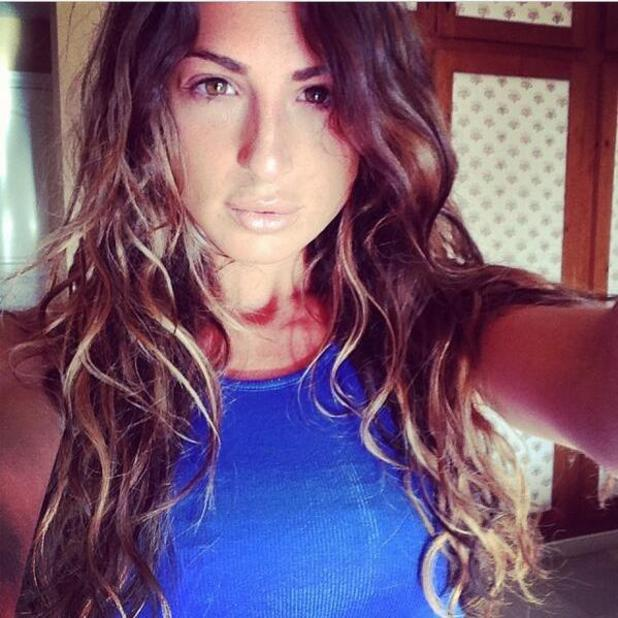 TOWIE's Grace Andrews posts no-make-up selfie - and still looks AMAZING, 14 June 2014