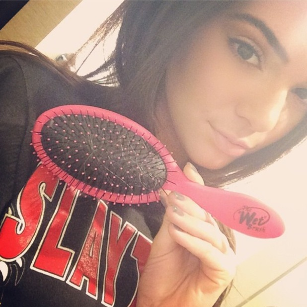 Kendall Jenner posts a picture of The Wet Brush on Instagram - 9 June 2014