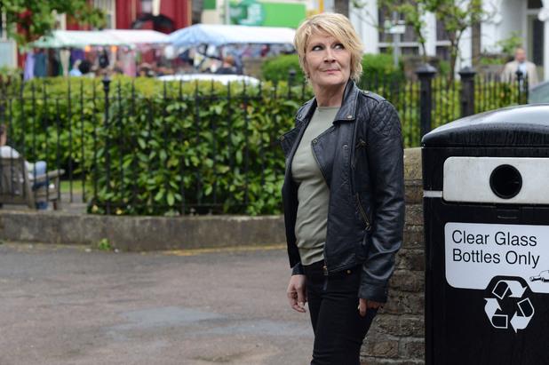 EastEnders, Shirley misreads the signals, Fri 27 Jun