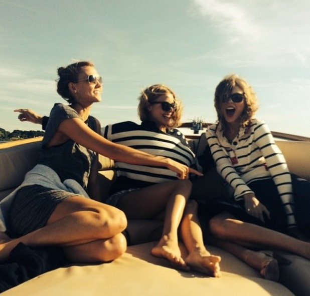 Taylor Swift and Karlie Kloss on boat, 29 June 2014