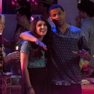 Tristan Wilds - Mack Wilds - with Shenae Grimes on set of 90210. (2011).