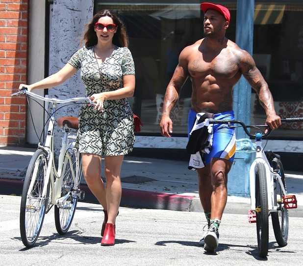 Kelly Brook and David McIntosh cycling in Beverly Hills, LA, 7 July