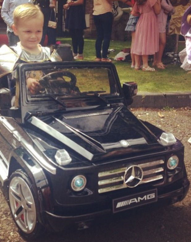 Danielle Lloyd's son Archie celebrates his fourth birthday at joint bash, 13.7.14