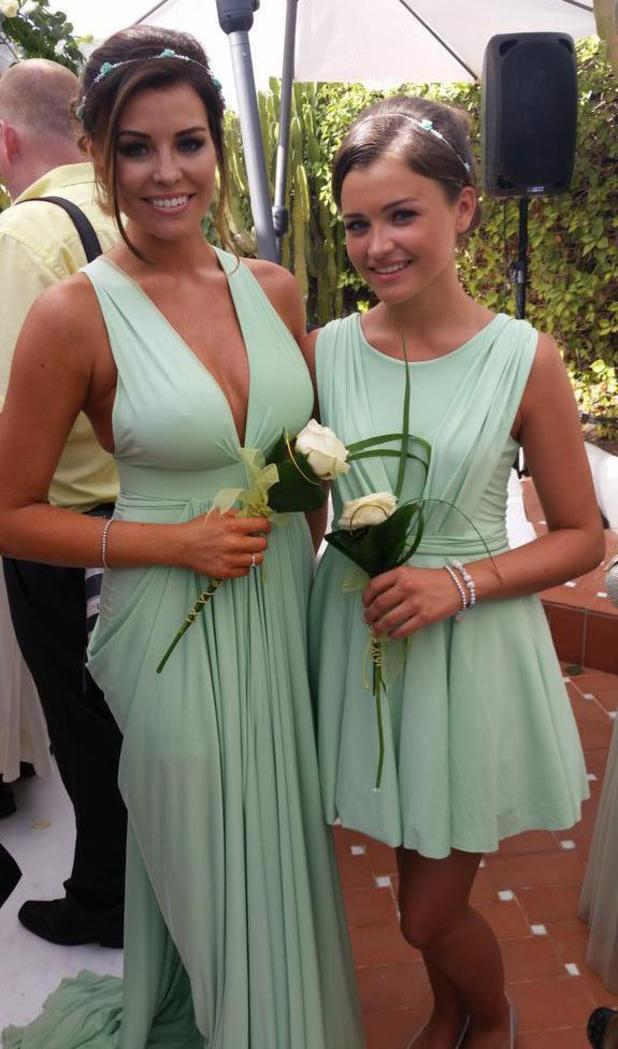 TOWIE's Jessica Wright looks stunning in mint green gown at cousin Leah's wedding (17 July).