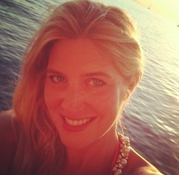 Cheska Hull's no make-up, holiday selfie in Mykonos, 13 July 2014