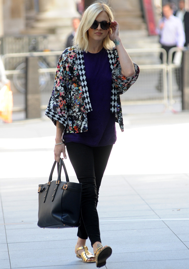 Fearne Cotton arrives at Radio 1 sporting a new wedding ring, 14 July 2014