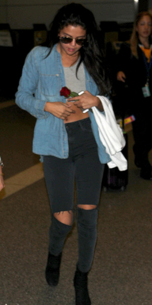 Selena Gomez, LAX airport, LA, 24 July