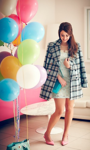 Rachel Gilbey You're Gorgeous bald and beautiful modelling coat