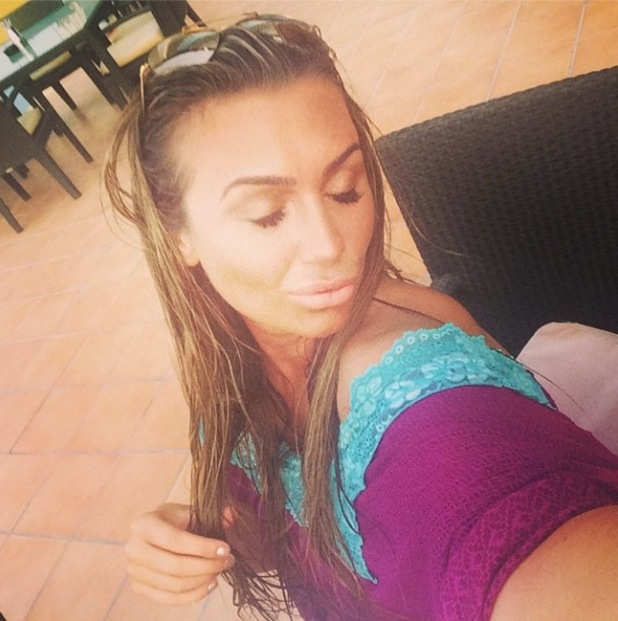 Lauren Goodger goes on selfie spree in Dubai
