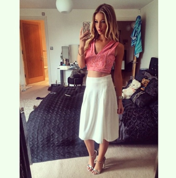 Lauren Pope shows off her outfit for Tickled Pink photo shoot, 28 July 2014