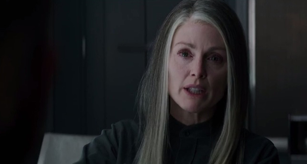 The Hunger Games: Mockingjay - Part 1 trailer - Julianne Moore