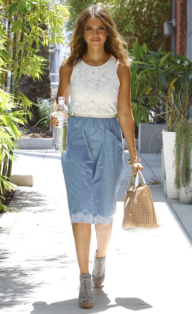 Jessica Alba wears culottes while out in Los Angeles, America - 1 August 2014