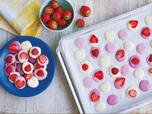 Whip up these easy fruity frozen yoghurt buttons - yum!