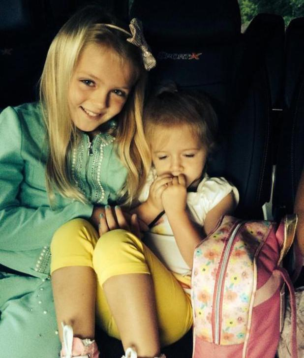 Alex Gerrard shares picture of daughters Lexie and Lourdes on way to airport - 9 august 2014