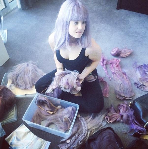 Kelly Osbourne's wigs