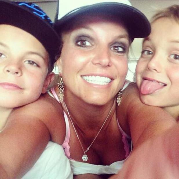 Britney Spears poses for a selfie with Jayden James and Sean Preston - 27 August 2014