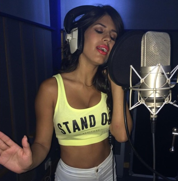 Jasmin Walia shares picture of herself in the studio, Twitter 29 August