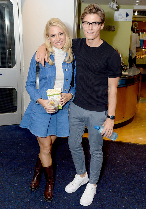 Pixie Lott and Oliver Cheshire attend the UK Premiere of 'The Guvnors' at Odeon Covent Garden on 27 August 2014 in London, England. (Photo by Dave J Hogan/Getty Images)