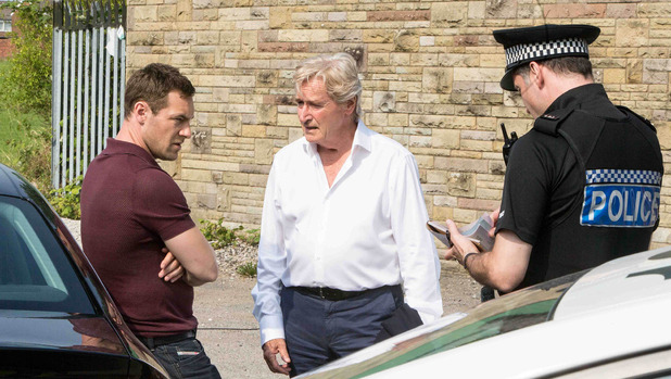 Corrie, Rob stopped by police, Sun 7 Sep