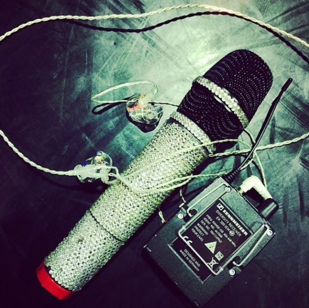 Rochelle Humes shares picture of microphone after Greatest Hits tour rehearsals wrap - 1 September 2014