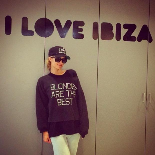 Paris Hilton leaves Ibiza for New York, 5 September 2015