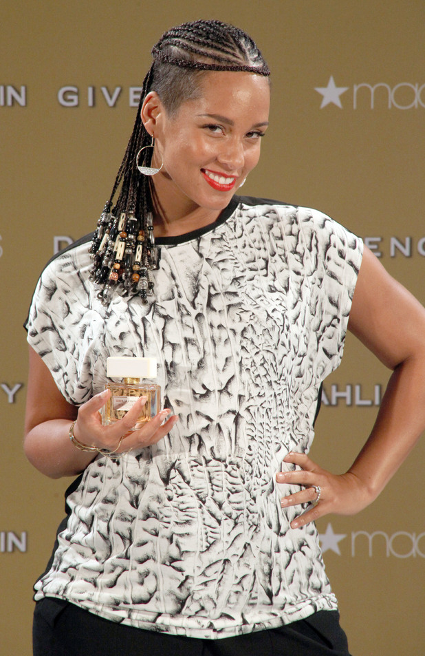 Pregnant Alicia Keys at the launch of Givenchy's new fragrance 'Dahlia Divin' - 09/03/2014