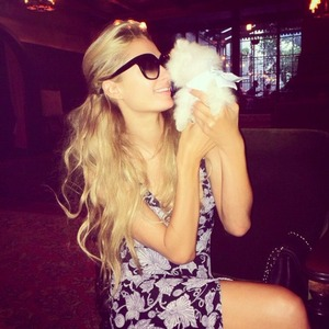 Paris Hilton and her cute new pup, 13 September 2014