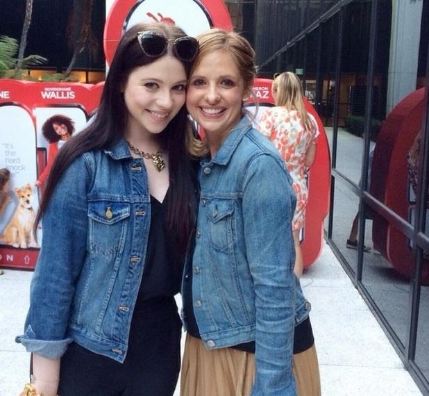 Michelle Trachtenberg and Sarah Michelle Gellar at Charlotte Prinze's fifth birthday party, 17 September 2014