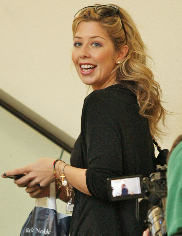 Holly Montag out shopping in Hollywood holding her mobile phone, Los Angeles