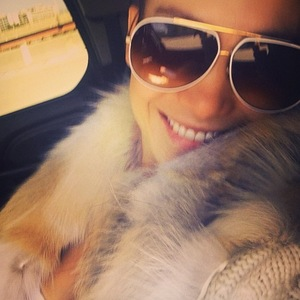Jennifer Lopez posts selfie of herself on way home 23 September