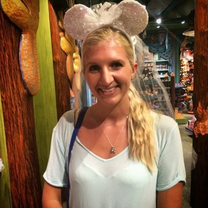 Rebecca Adlington and husband Harry Needs on honeymoon in Florida at Disneyland - 18 September.