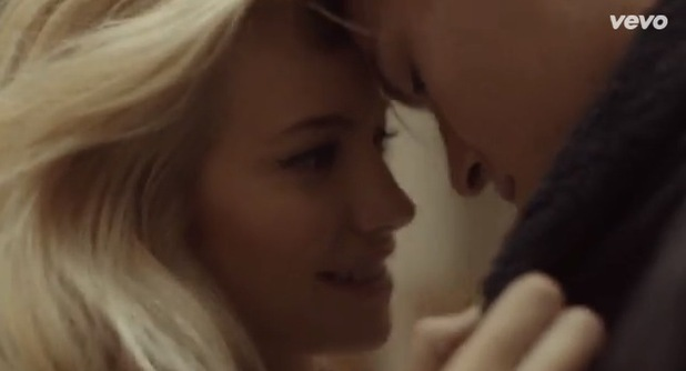 Pixie Lott and Oliver Cheshire in new video for 'Break Up Song' 22 September