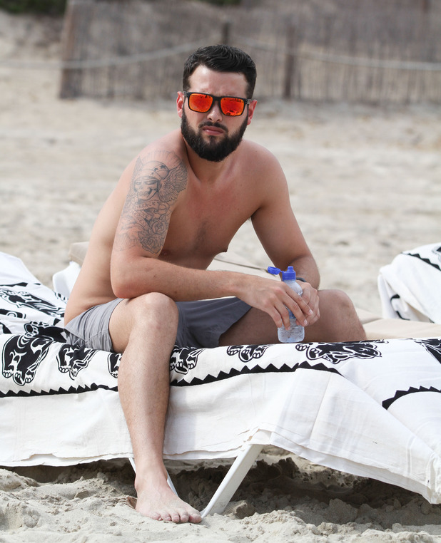Ricky Rayment joins Jess Wright and Bobby Norris at beach, Ibiza, Spain 24 September