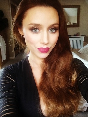 The Saturdays Una Foden takes selfie 27 September
