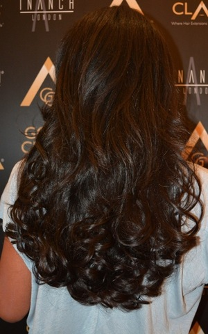 Sarah-Jane Crawford shows off her new hair extensions while visiting Inanch London - 26 September 2014