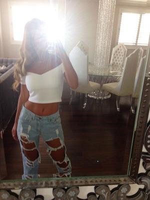 Sam Faiers shares a quick mirror selfie, 10 October 2014