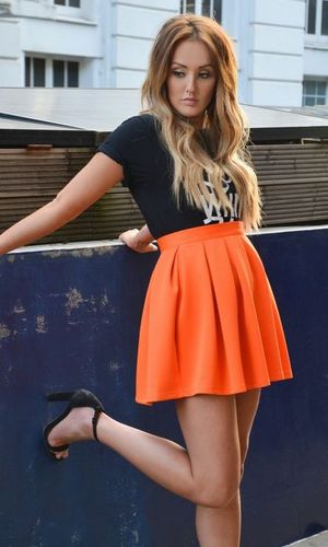 Charlotte Crosby launches Style Blog for Nostalgia Collection, www.inthestyle.com 12 October