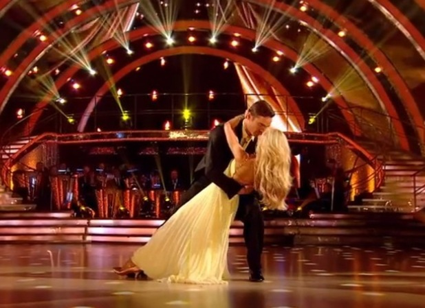 Thom Evans dances the waltz with pro partner Iveta, Strictly Come Dancing, BBC 27 September