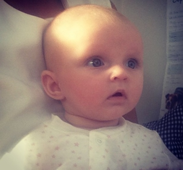 Sam Faiers shares video of niece Nelly - 8 October 2014