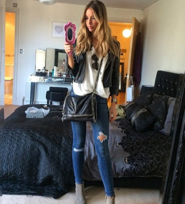 TOWIE's Lauren Pope shows off her Moschino Barbie-inspired phone case in an Instagram picture - 5 October 2014