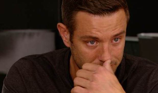 TOWIE Elliott Wright and Chloe Sims break down in tears as they discuss the future of their relationship - 15 Oct 2014