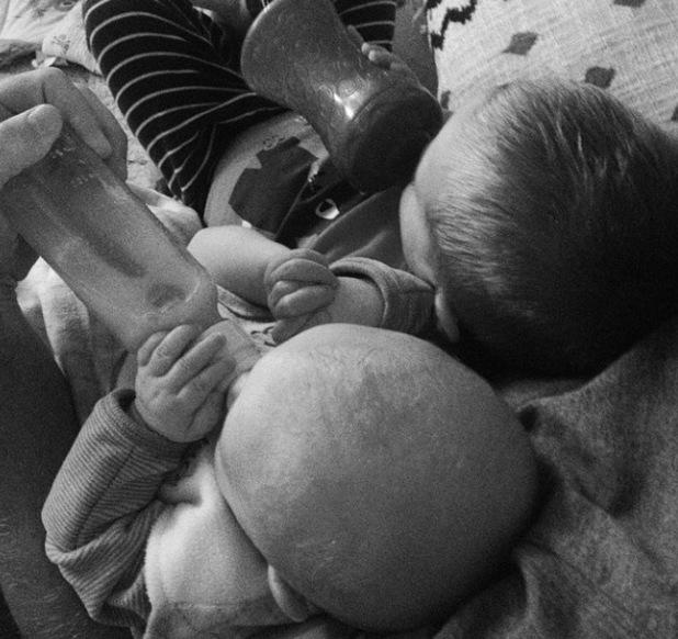 Kristin Cavallari's two sons Camden and Jaxon holding hands. 16/10/14